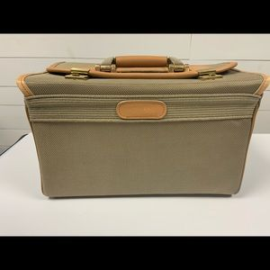 Vintage London fog make up travel case